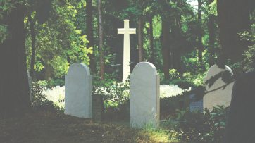 burial-cemetery-cross-592667